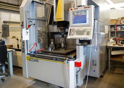 Auftragsarbeiten- Diese Maschine benutzen wir für Zerspanungsarbeiten